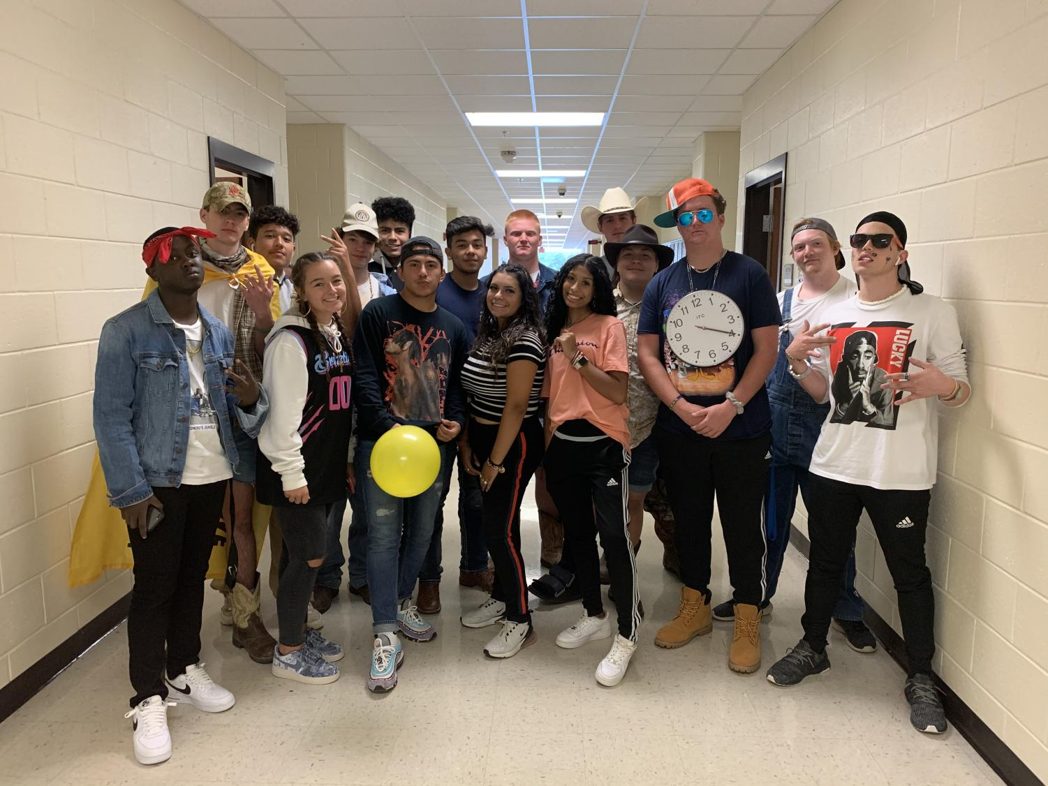 Rawlins' and Gollner's classes join forces