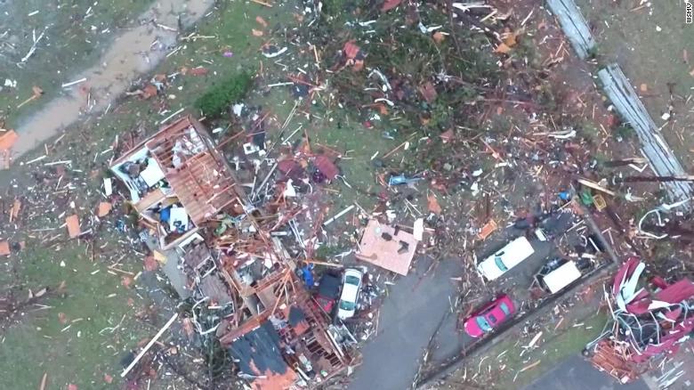 Tornados+Devastate+Tennessee