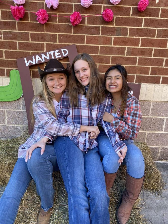 Homecoming: Western Wednesday